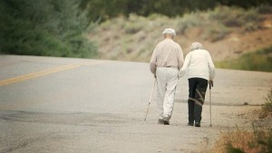 gty_elderly_couple_walking_jt_120715_wmain